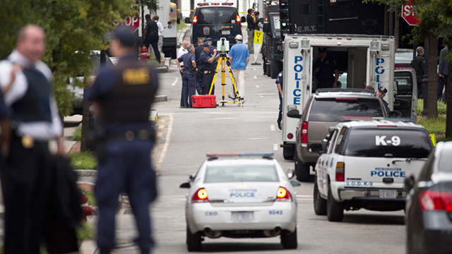 Same contractor vetted Snowden, Navy Yard shooting suspect